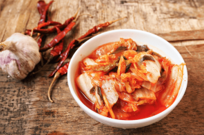 <thrive_headline click tho-post-9351 tho-test-20>All about kimchi and how to make it</thrive_headline>