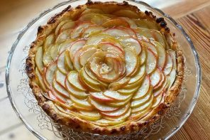 Vegan  Spiced  Apple Tart
