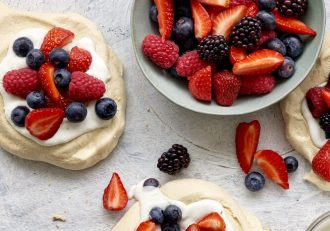 vegan pavlova recipe