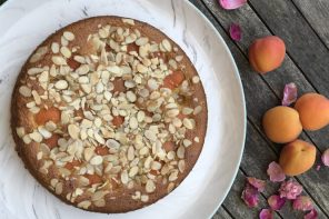 Apricot, Almond and Rose Water Cake