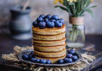 Fluffy Banana Breakfast Pancakes