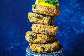 Veggie-Packed Salmon & Cod Cakes made with salmon or cod and mixed with fresh dill and chies