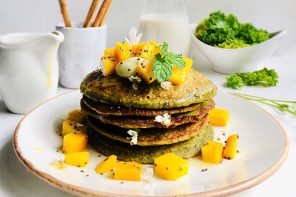 Curly Kale and Banana Pancakes